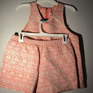 Xhilaration 2 piece peach colored outfit